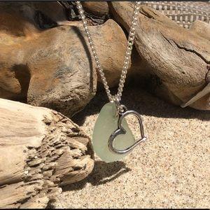 Jewelry - SEAFOAM & Lime Green Necklace w/ Floating Heart